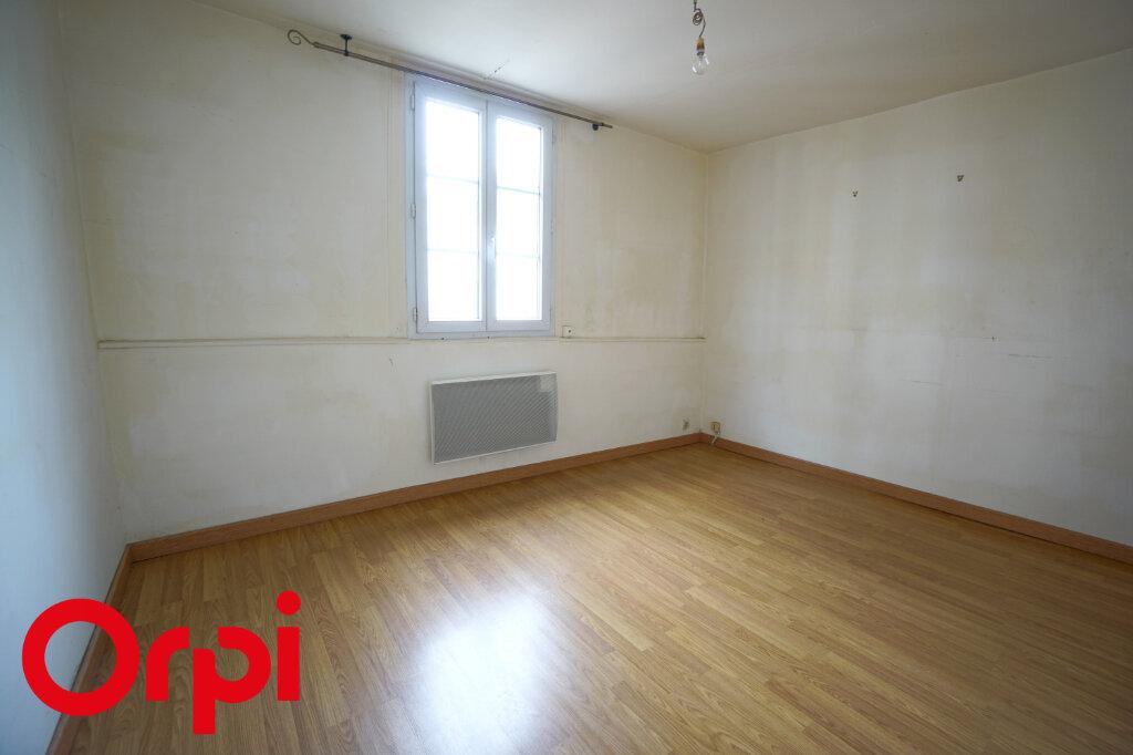 Appartement à louer 3 49.78m2 à Bernay vignette-4