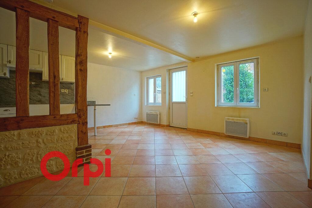 Appartement à louer 2 43.37m2 à Bernay vignette-2