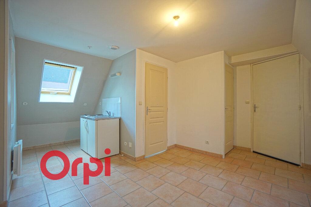 Appartement à louer 2 28.53m2 à Bernay vignette-1
