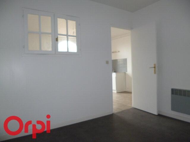 Appartement à louer 2 32.22m2 à Bernay vignette-3