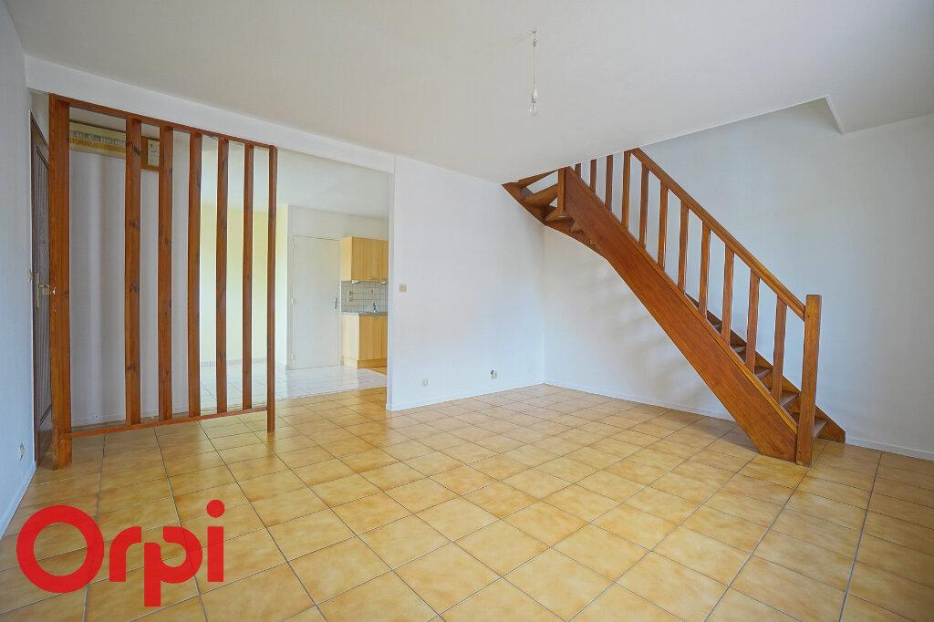 Appartement à louer 3 54.4m2 à Bernay vignette-4