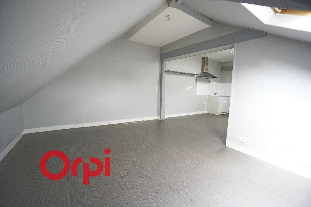 Appartement à louer 2 33.56m2 à Bernay vignette-2