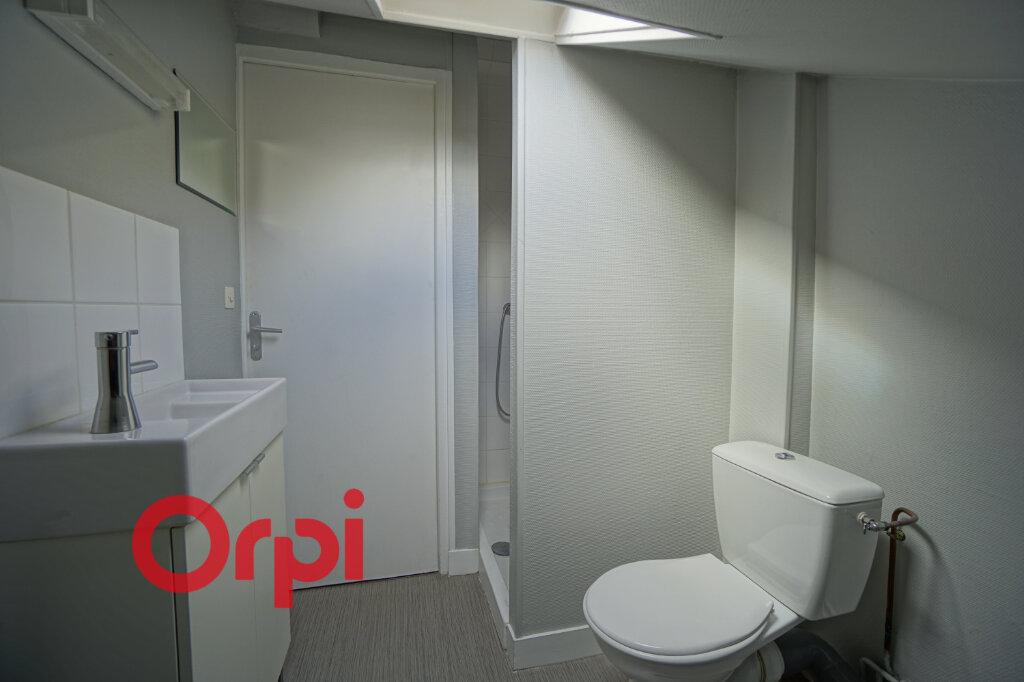 Appartement à louer 2 33.56m2 à Bernay vignette-5