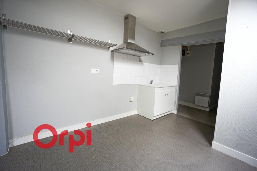 Appartement à louer 2 33.56m2 à Bernay vignette-6