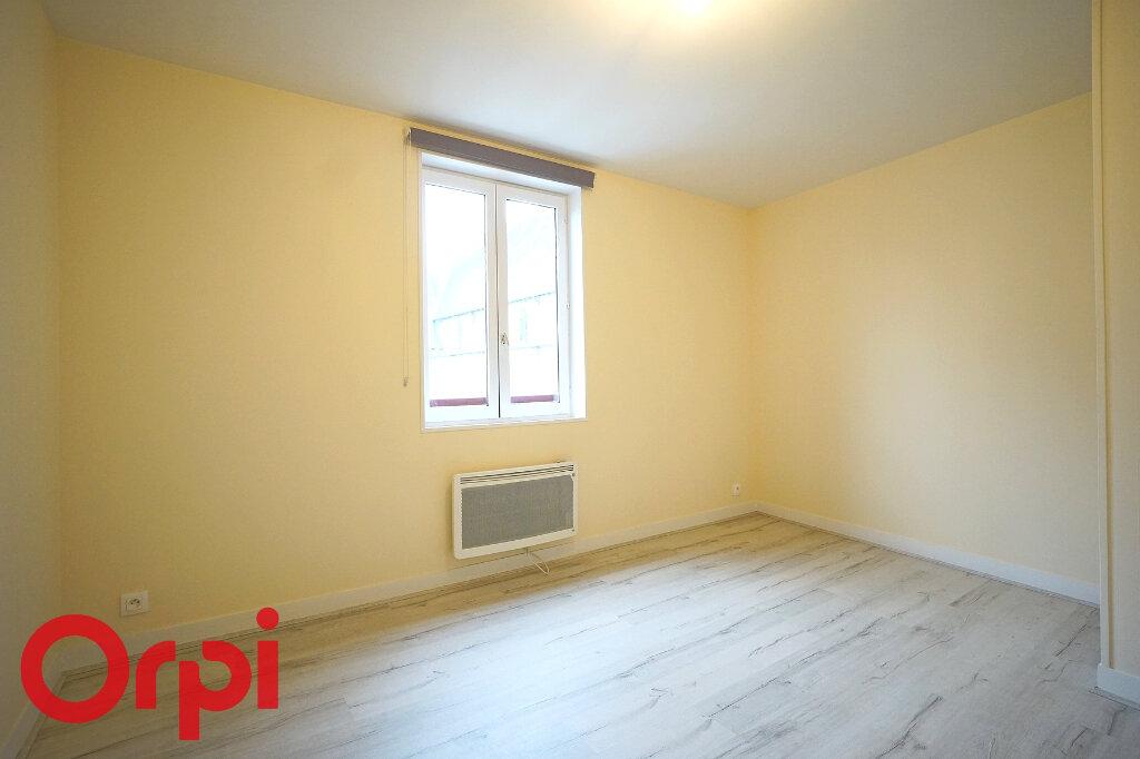Appartement à louer 3 68.7m2 à Bernay vignette-6
