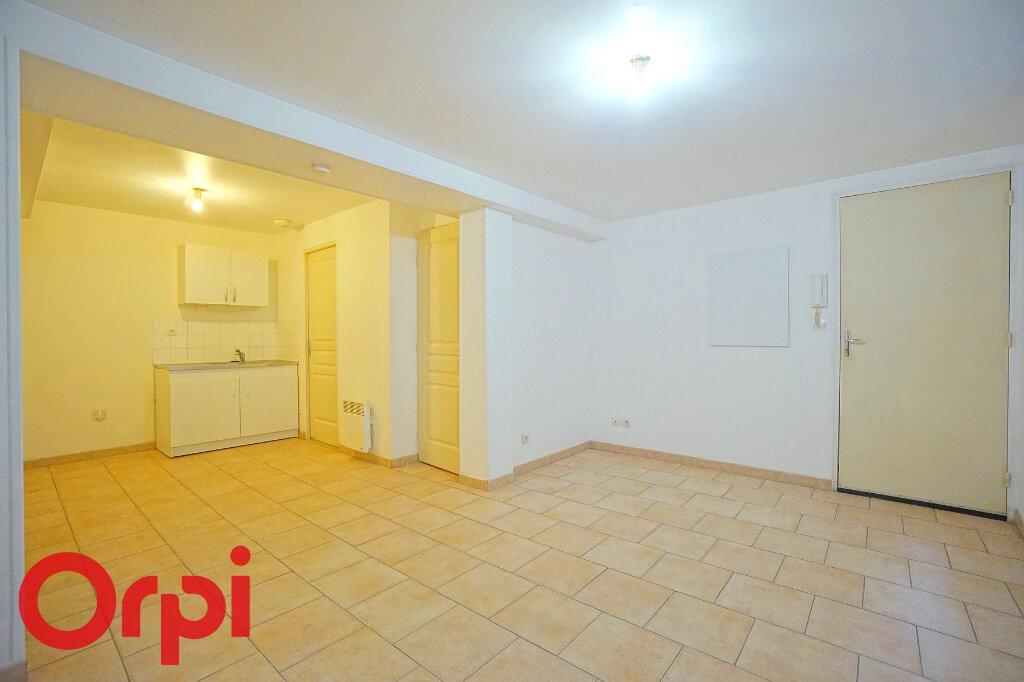 Appartement à louer 3 42.42m2 à Bernay vignette-2