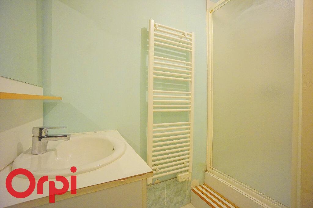 Appartement à louer 3 42.42m2 à Bernay vignette-10