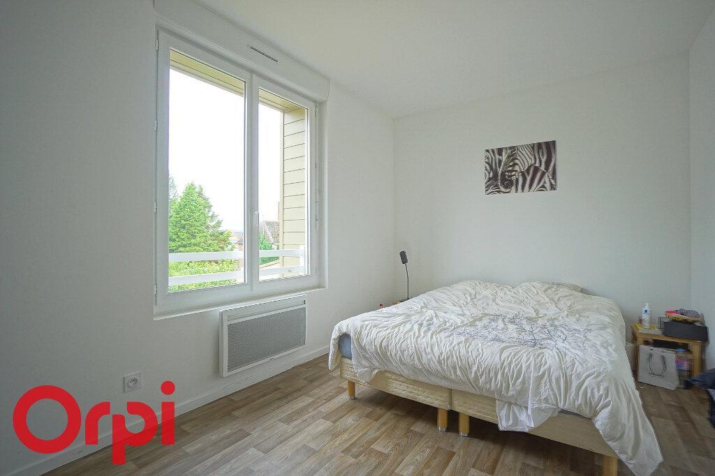 Maison à louer 3 65.46m2 à Beaumont-le-Roger vignette-4