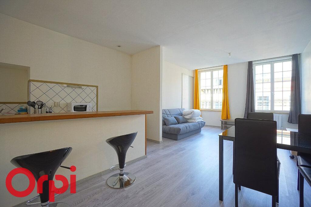 Appartement à louer 1 36.21m2 à Bernay vignette-1