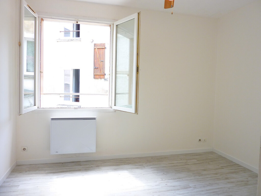Appartement à vendre 3 57m2 à La Ferté-Gaucher vignette-5