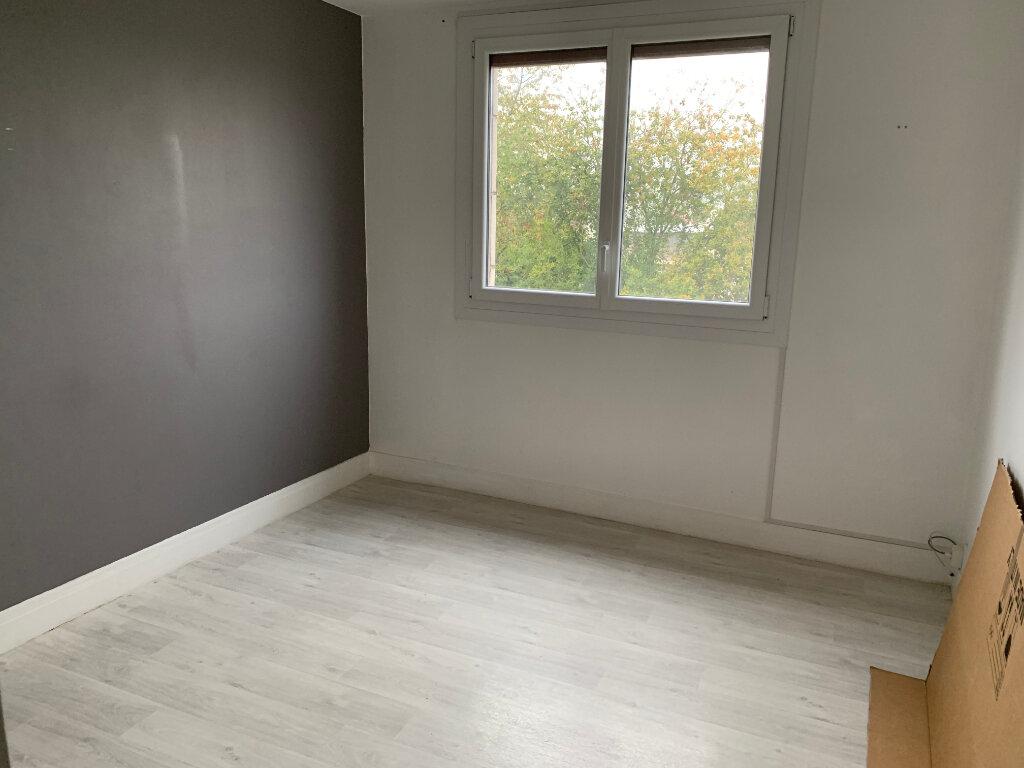 Appartement à vendre 4 66.54m2 à Meaux vignette-4