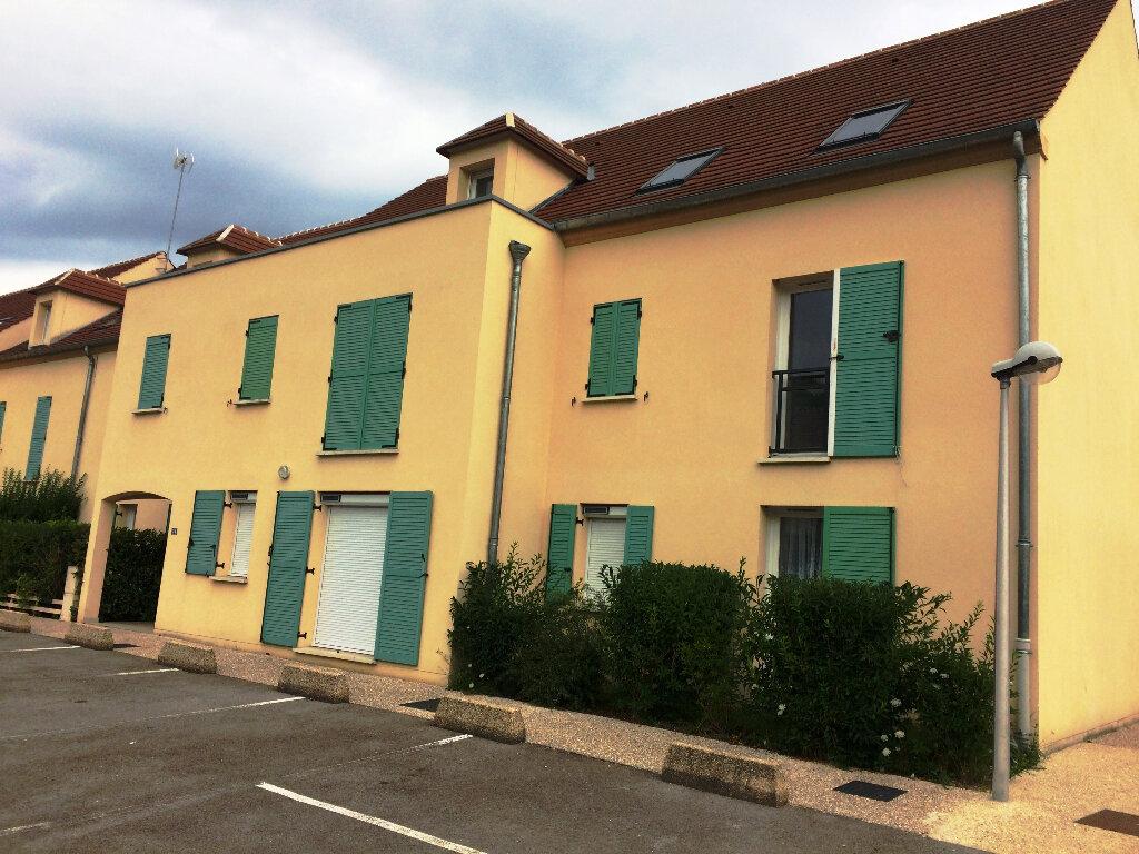 Appartement à vendre 3 71m2 à Verneuil-en-Halatte vignette-6