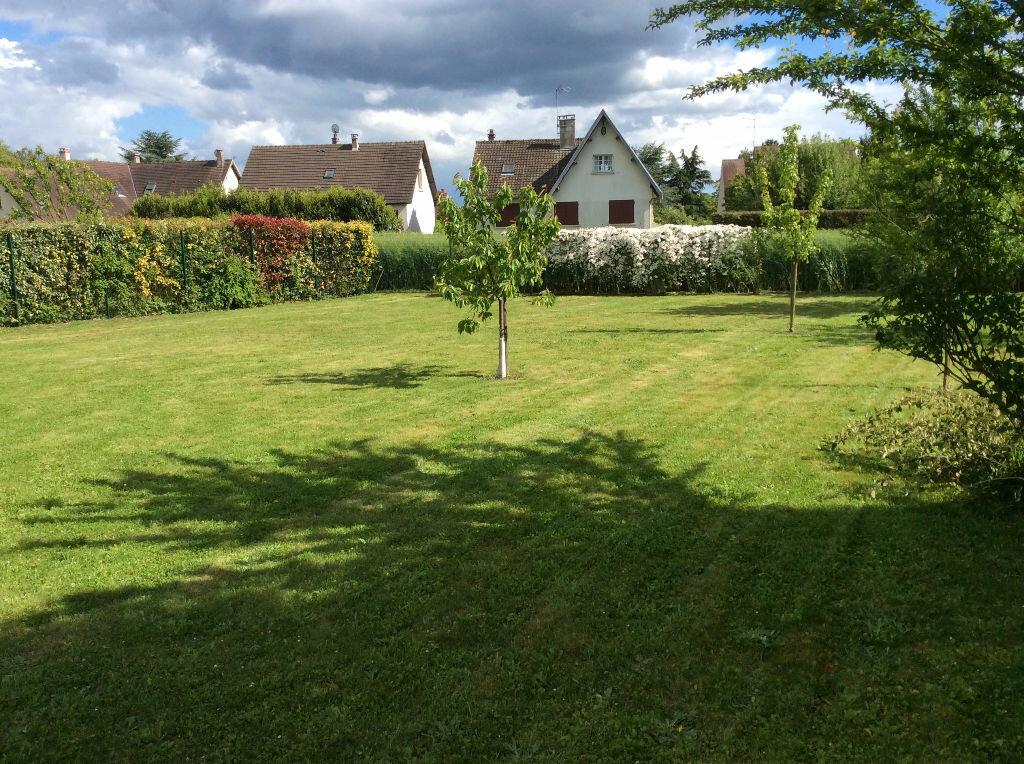 Terrain à vendre 0 537m2 à Villers-Saint-Frambourg vignette-1