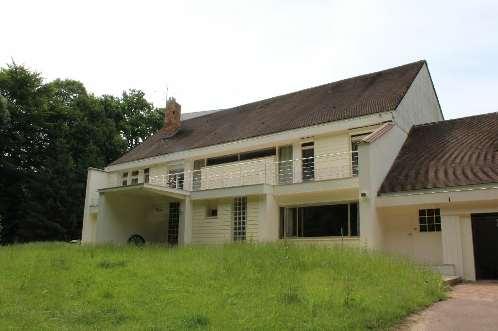 Maison à vendre 17 463.3m2 à Ermenonville vignette-2