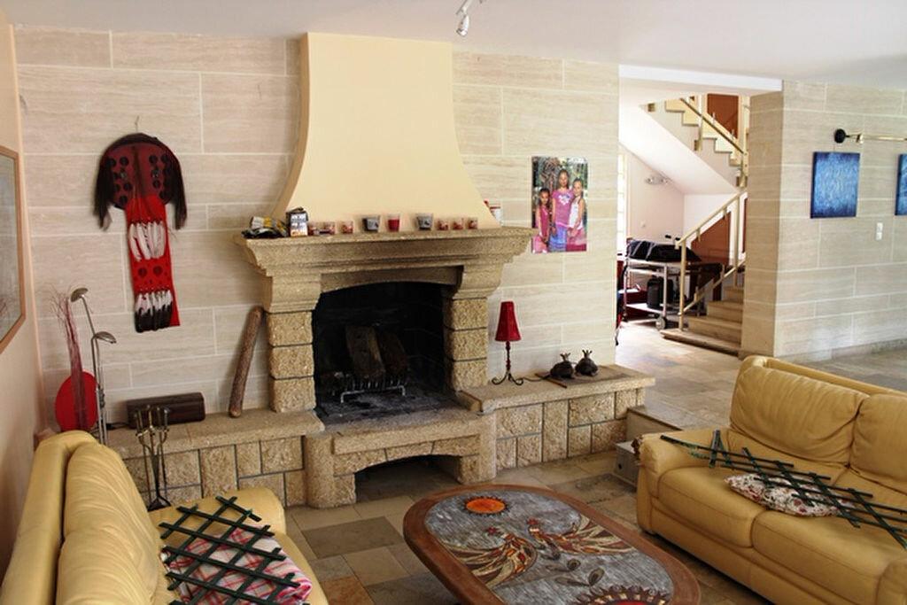 Maison à vendre 17 463.3m2 à Ermenonville vignette-7