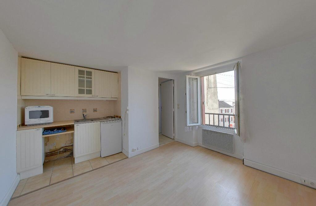 Appartement à vendre 2 21m2 à Dammartin-en-Goële vignette-1