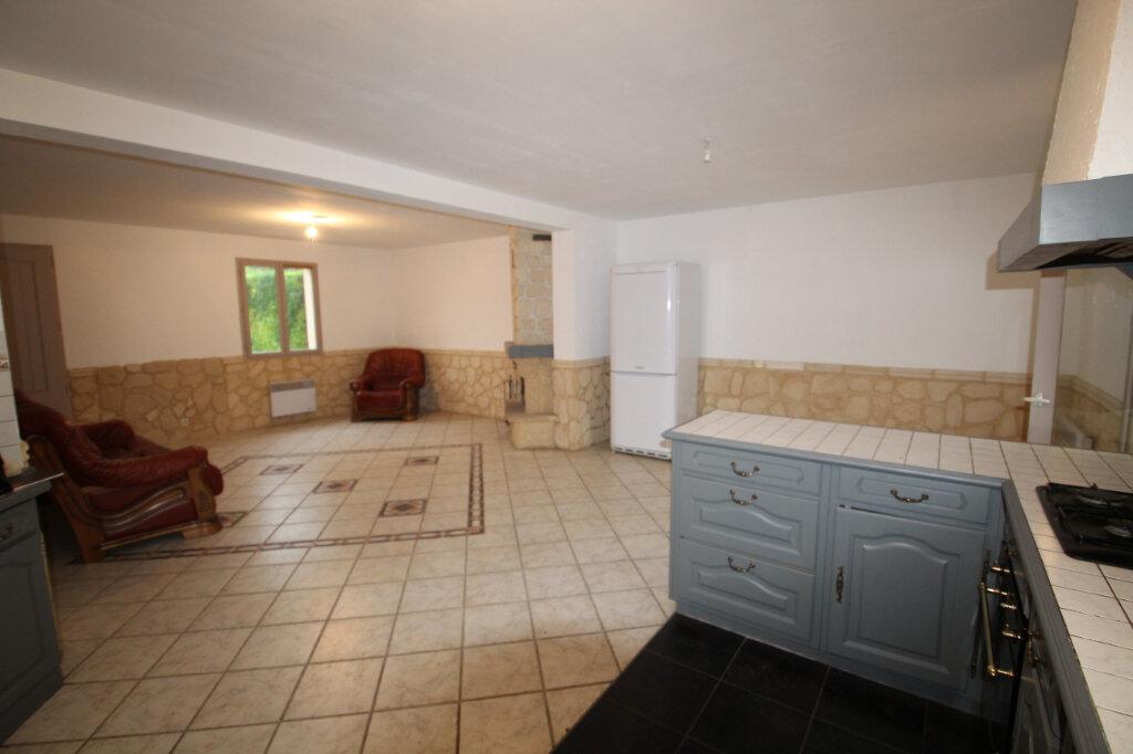 Maison à vendre 5 130m2 à Le Plessis-Belleville vignette-3