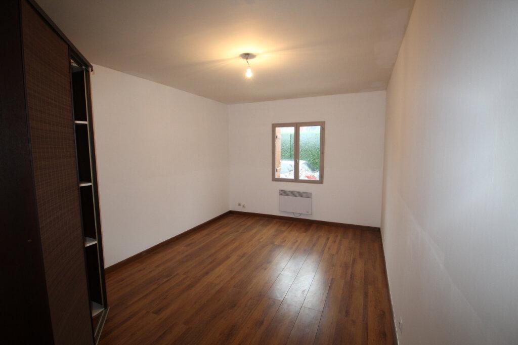 Maison à vendre 5 130m2 à Le Plessis-Belleville vignette-6