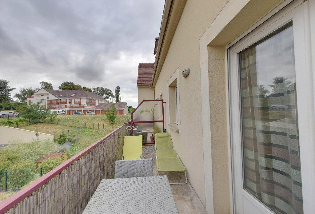 Appartement à vendre 3 59m2 à Dammartin-en-Goële vignette-1