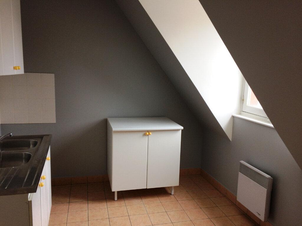 Appartement à louer 3 55.9m2 à Senlis vignette-3