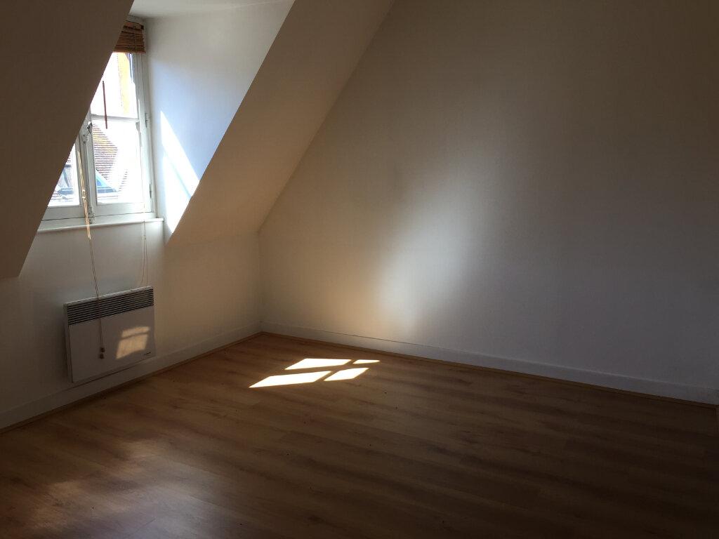 Appartement à louer 3 55.9m2 à Senlis vignette-4