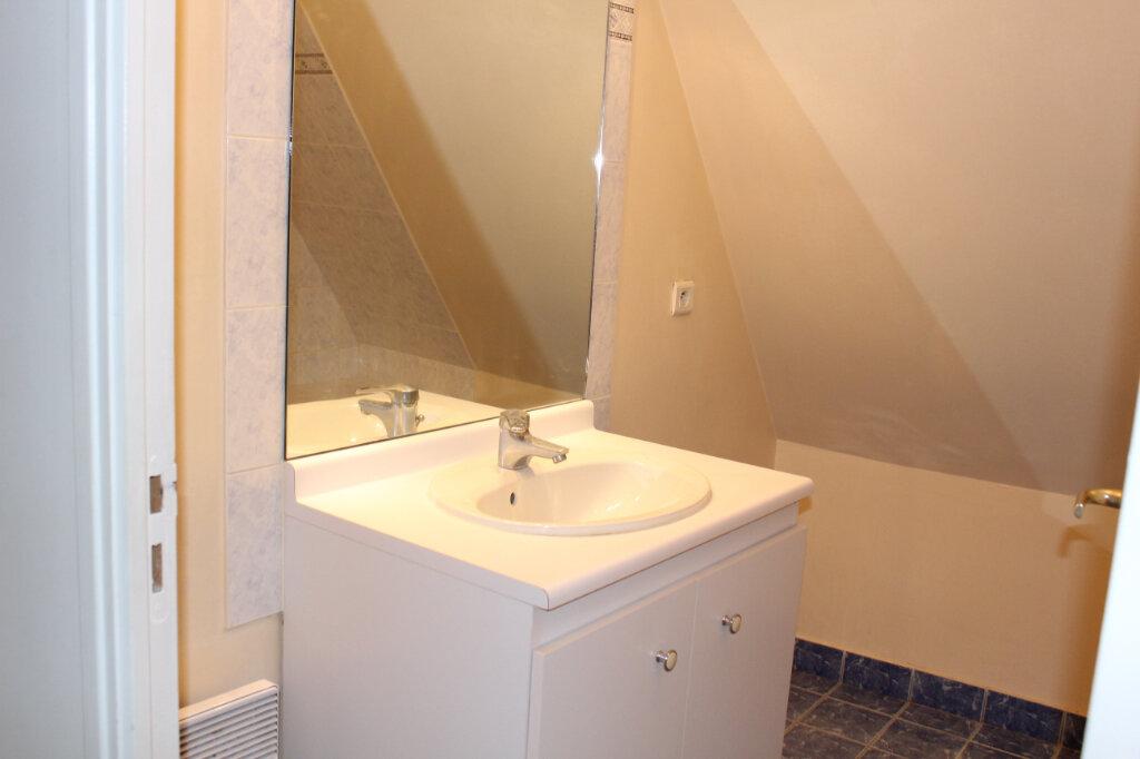 Appartement à louer 3 55.9m2 à Senlis vignette-5