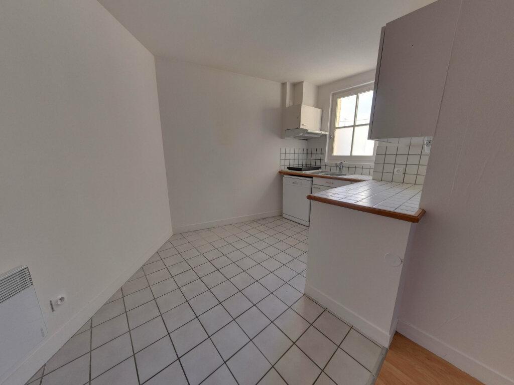 Appartement à vendre 3 55m2 à Senlis vignette-3