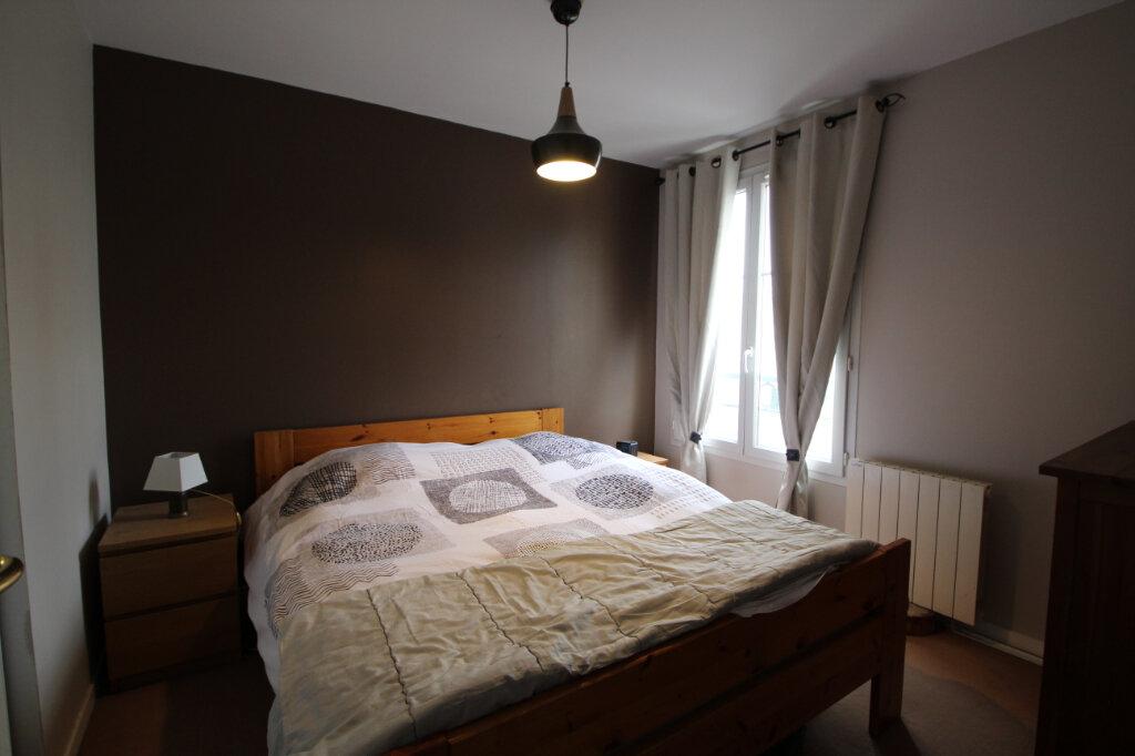 Appartement à vendre 3 66m2 à Le Plessis-Belleville vignette-4