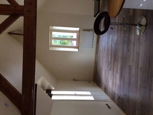 Appartement à louer 1 32.3m2 à Senlis vignette-2