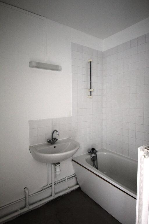 Appartement à vendre 1 28.6m2 à Le Plessis-Belleville vignette-3