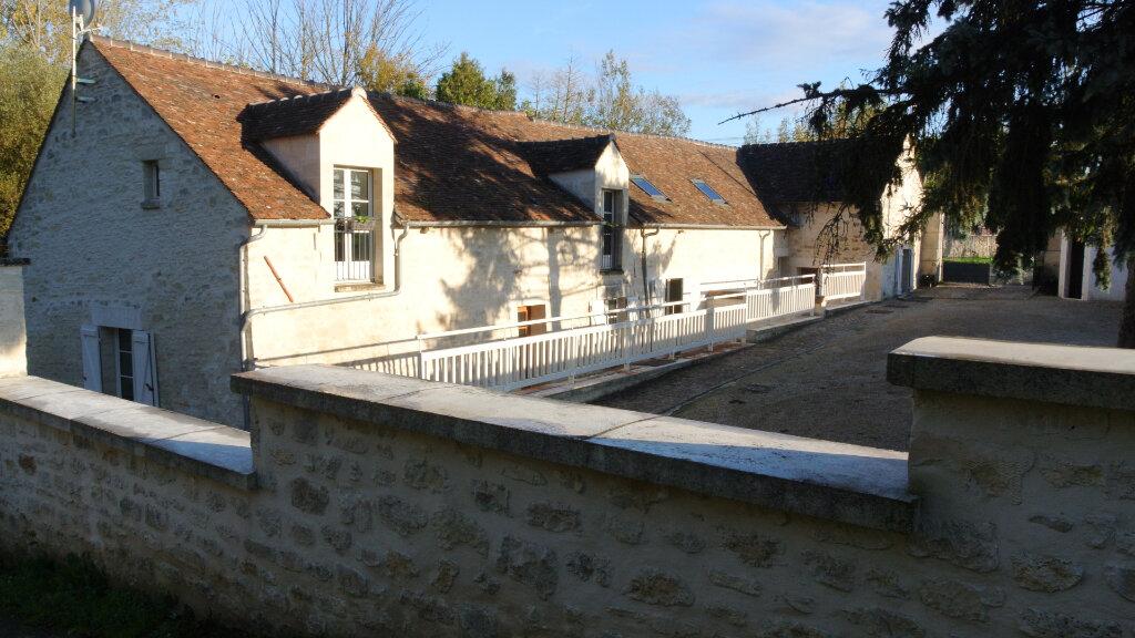 Maison à louer 5 135m2 à Gouvieux vignette-1