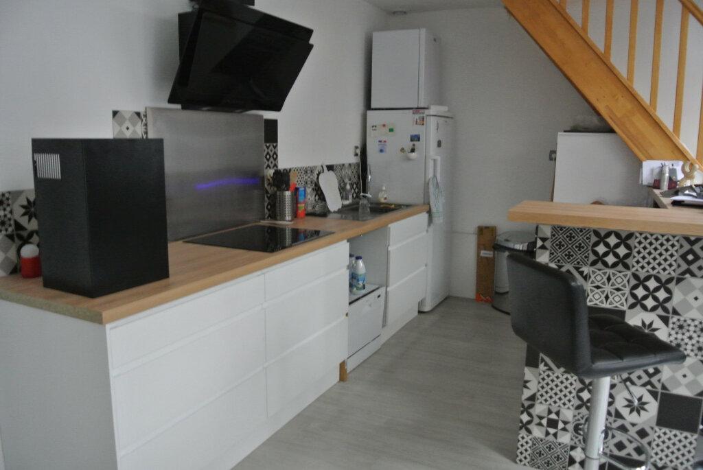 Appartement à louer 2 52.41m2 à Pontarmé vignette-2