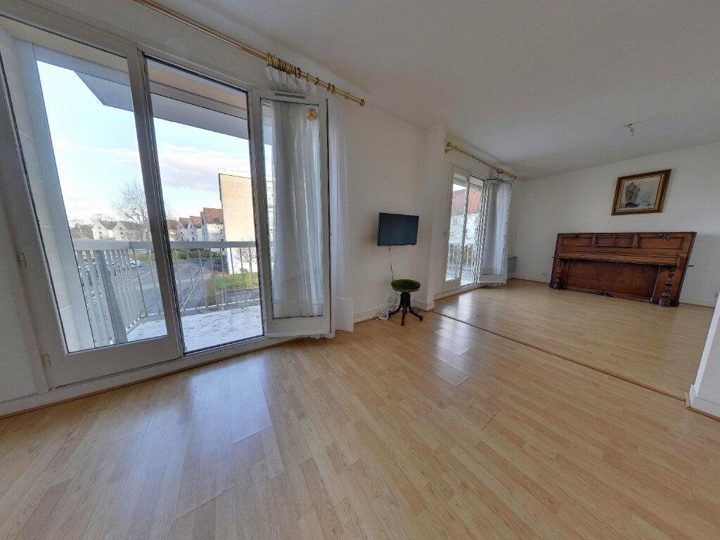Appartement à vendre 4 85.14m2 à Senlis vignette-2