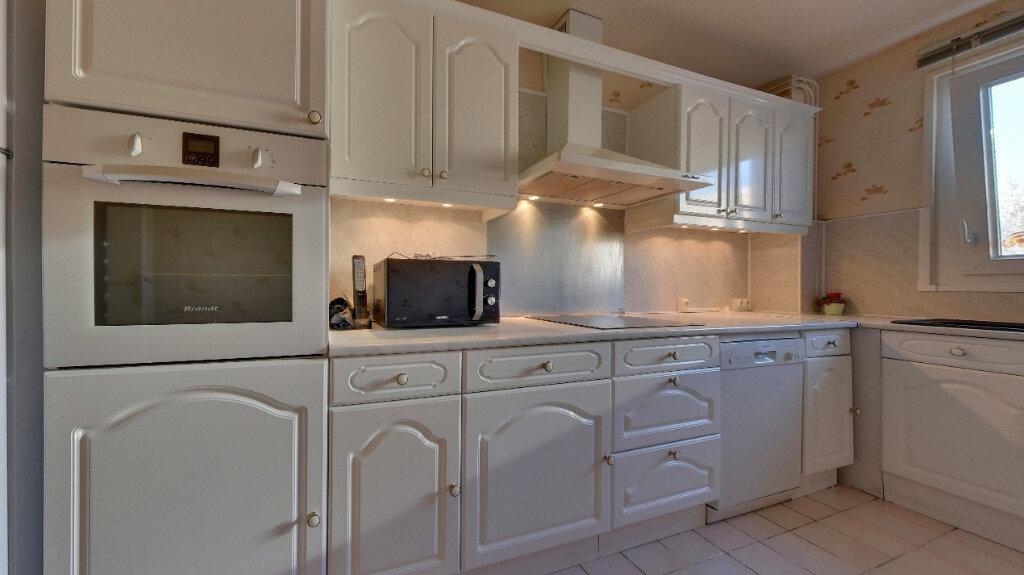 Appartement à vendre 4 85.14m2 à Senlis vignette-3