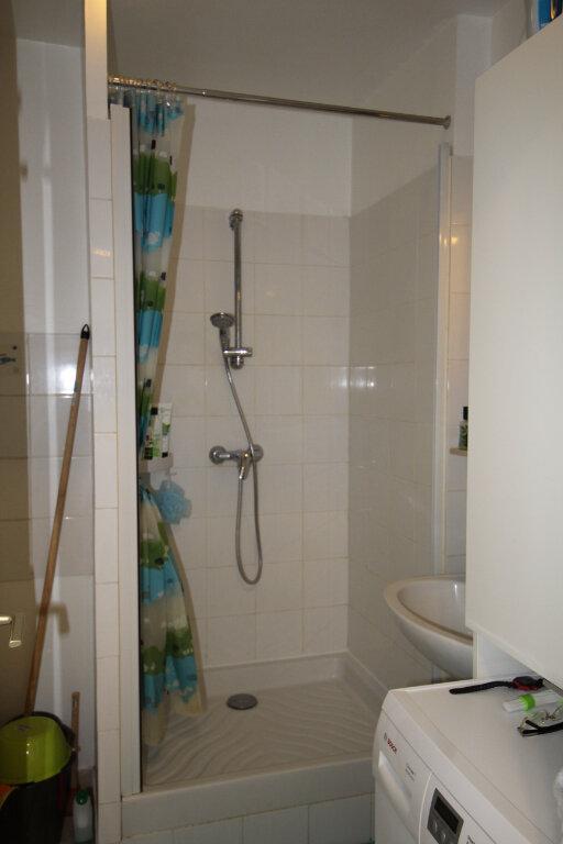 Appartement à vendre 1 32m2 à Le Plessis-Belleville vignette-4