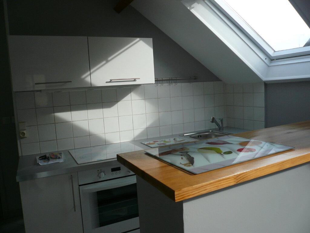 Appartement à louer 2 39.25m2 à Thiers-sur-Thève vignette-2