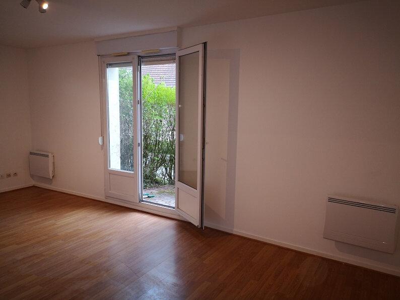 Appartement à louer 1 31.58m2 à Longperrier vignette-3