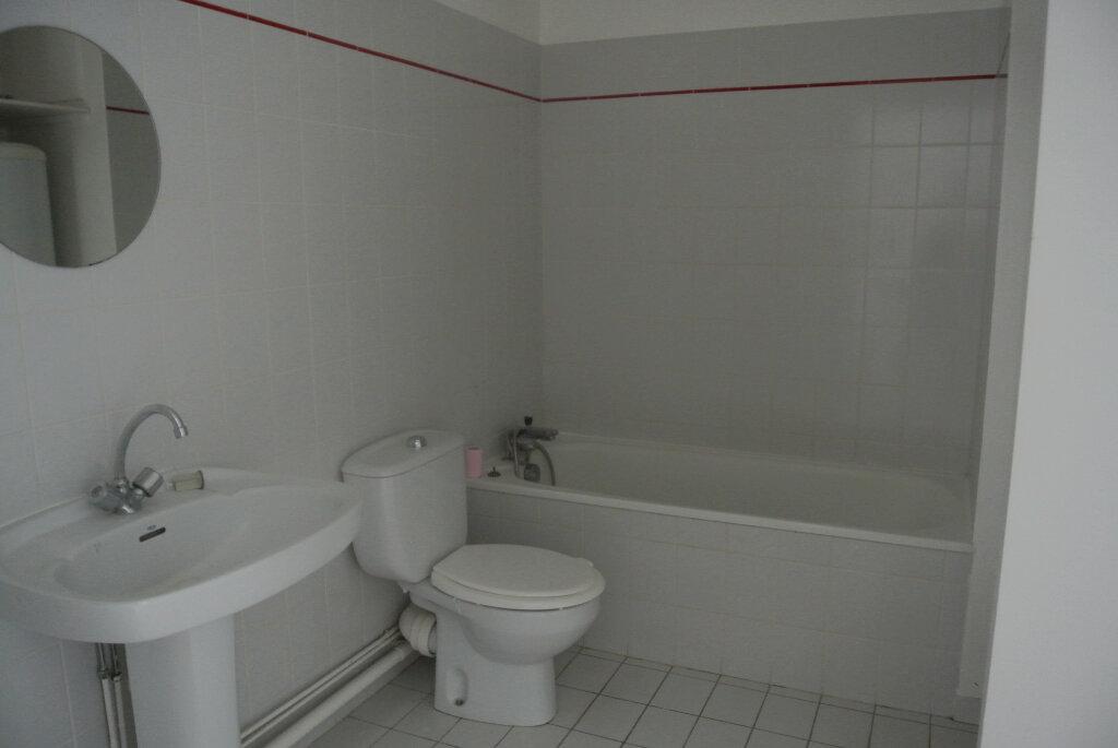 Appartement à louer 1 30.74m2 à Fleurines vignette-2