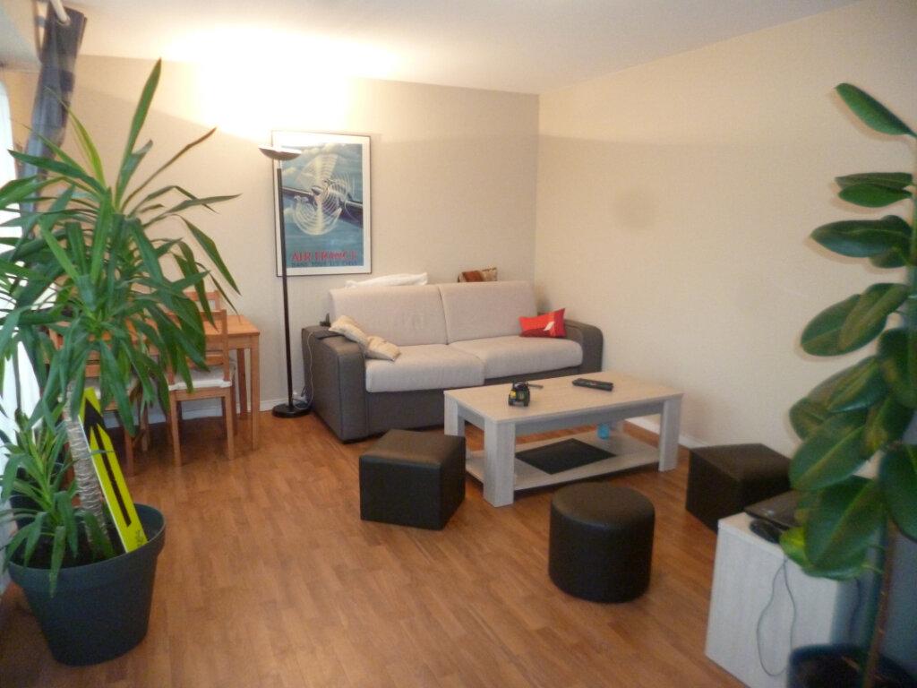 Appartement à louer 1 28.1m2 à Senlis vignette-1
