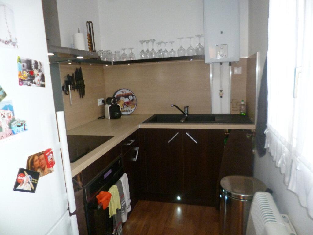 Appartement à louer 1 28.1m2 à Senlis vignette-2