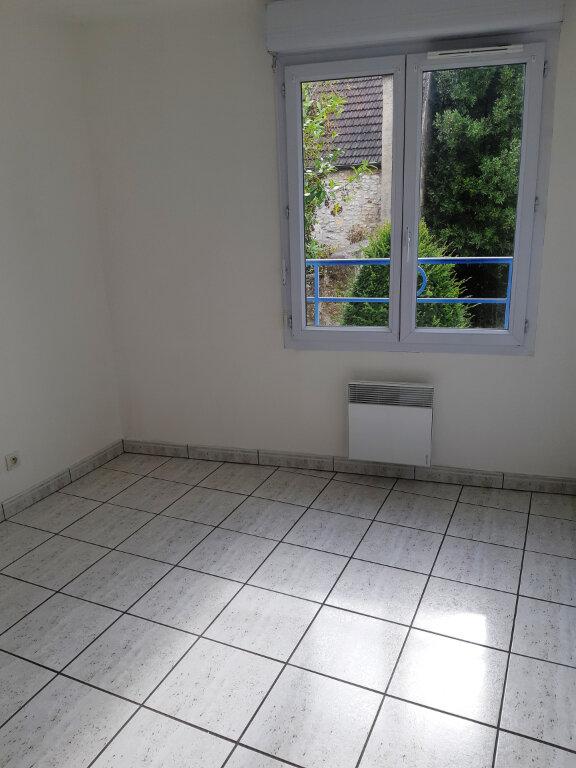 Appartement à louer 2 64.37m2 à Senlis vignette-3