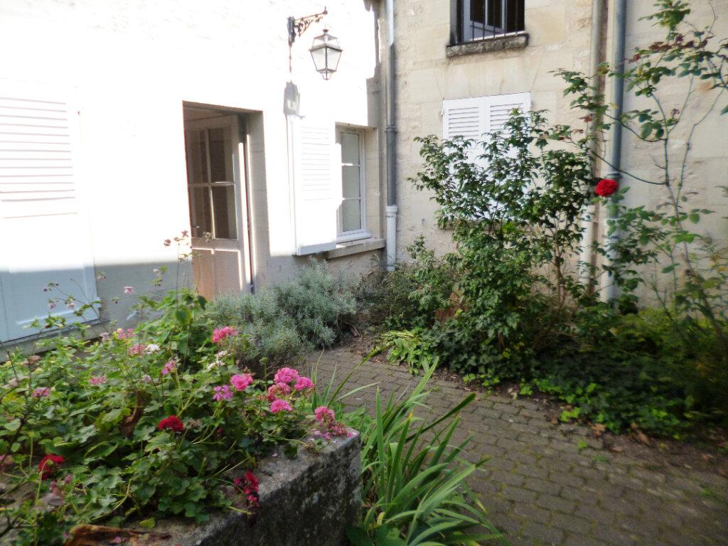 Appartement à louer 1 28.3m2 à Senlis vignette-4