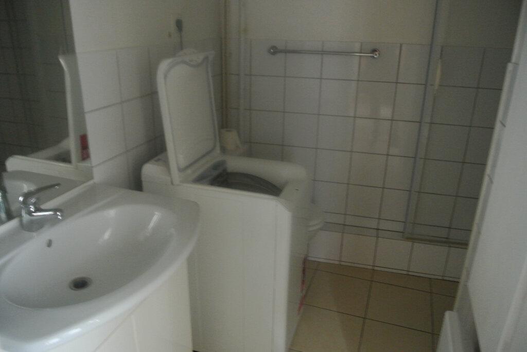 Appartement à louer 1 25.33m2 à Senlis vignette-4