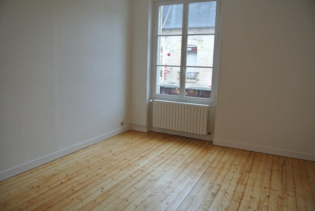 Appartement à louer 3 69.41m2 à Senlis vignette-5