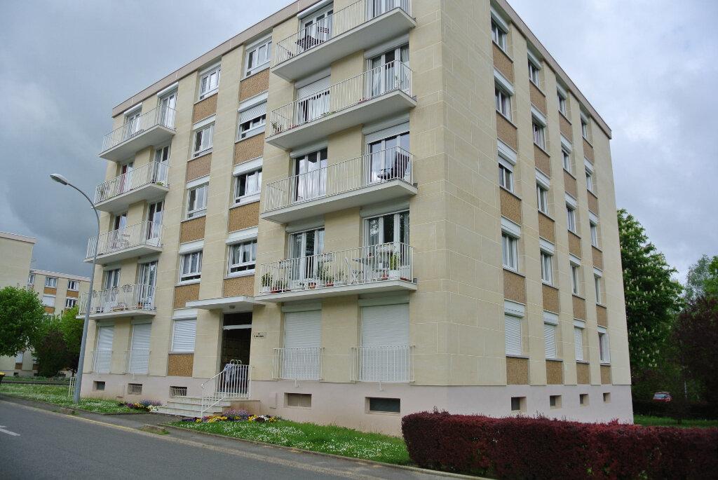 Appartement à louer 3 73.61m2 à Senlis vignette-5