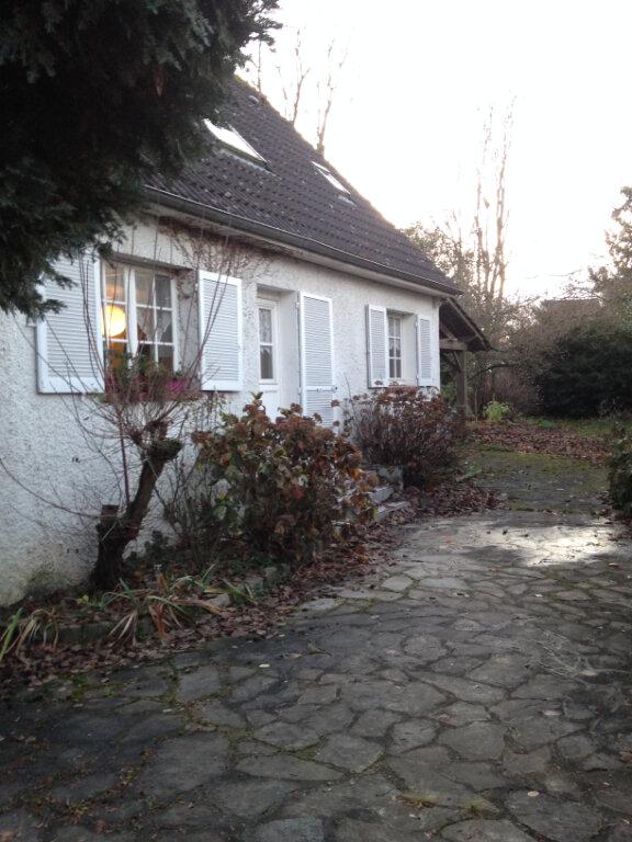 Maison à louer 5 103m2 à Lagny-le-Sec vignette-1