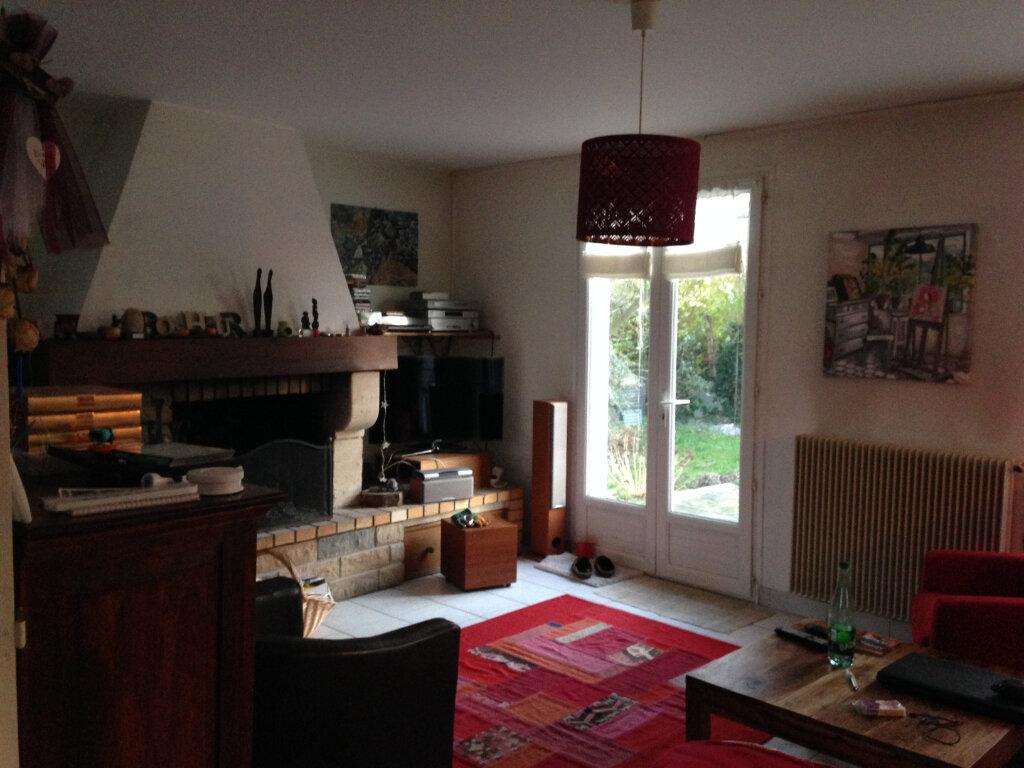 Maison à louer 5 103m2 à Lagny-le-Sec vignette-4