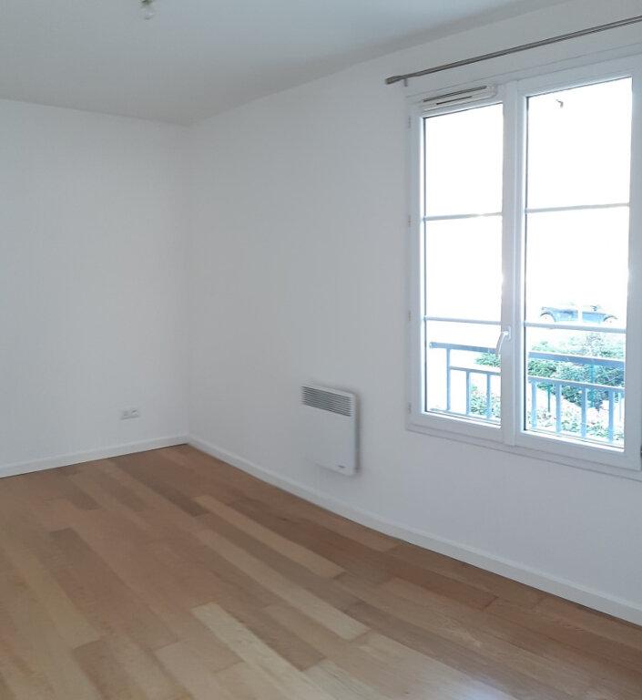Appartement à louer 2 43.37m2 à Vémars vignette-2