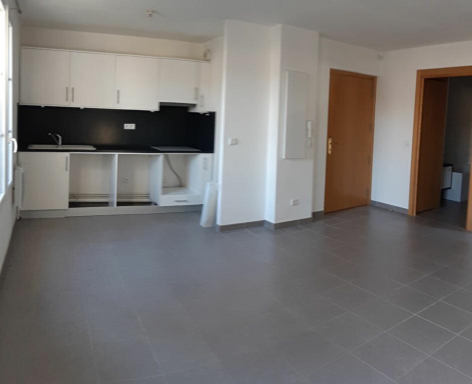Appartement à louer 2 43.37m2 à Vémars vignette-3