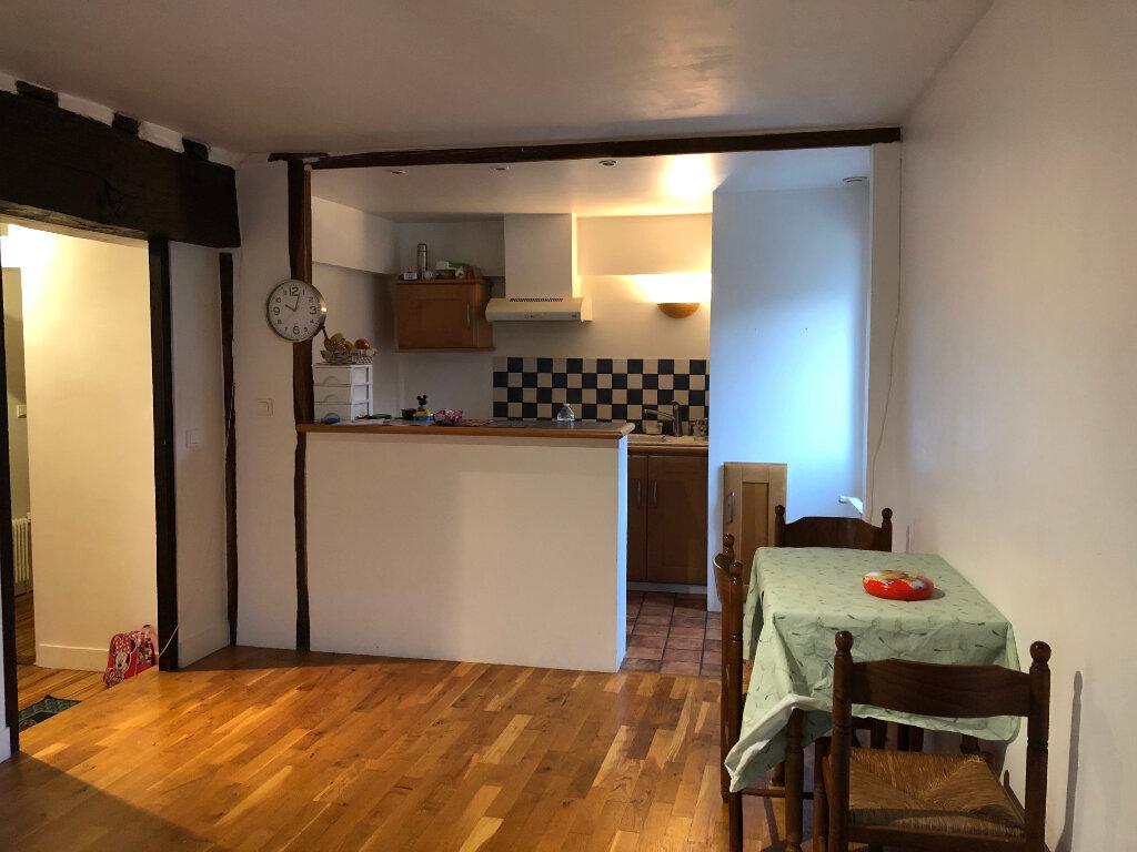 Appartement à louer 2 46.87m2 à Senlis vignette-1